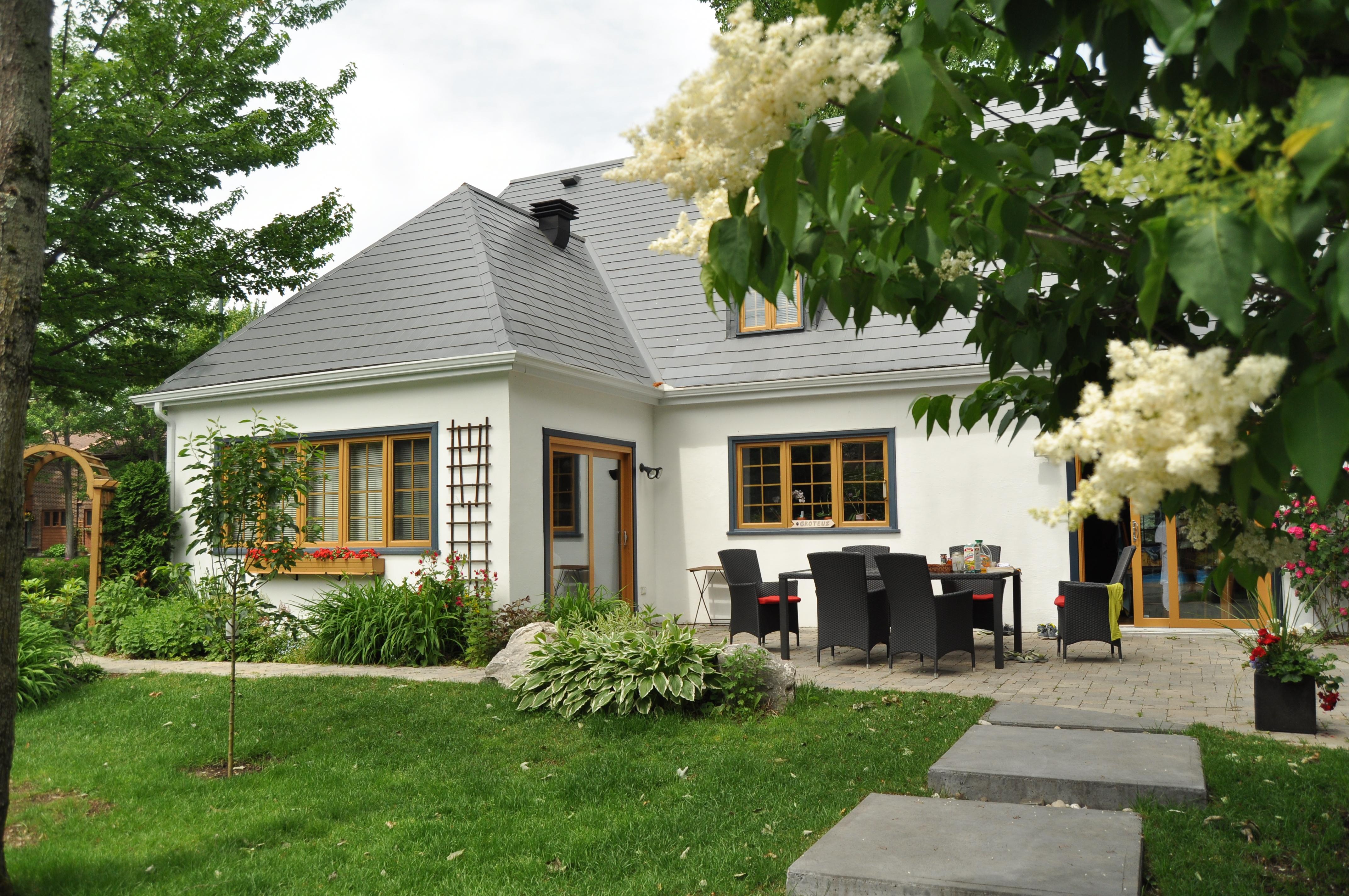 ferienhausmiete versus home exchange oder tausch von haus. Black Bedroom Furniture Sets. Home Design Ideas